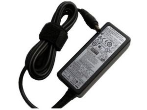 Сетевое зарядное устройство Samsung 19V/2,1A (5,5мм x 3,0мм) Оригинал